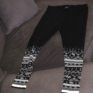 Used like New- Hello Kitty Torrid Fleece Legging